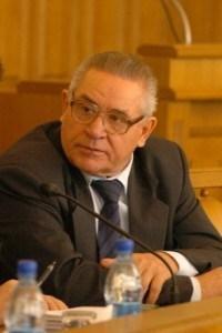 Гусаров