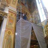 Угаров в храме (1)