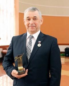 Кухарев-лауреат премии Угарова (Копировать)