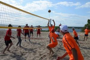 Волейбол: I место – Михайловский ГОК II место – ОЭМК III место – УралМетКом